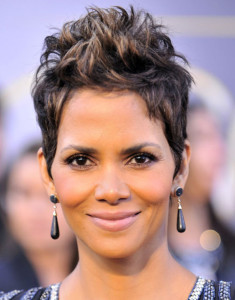 Halle Berry black celebrity hairstyles 34 235x300