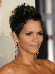 Halle Berry 2 black celebrity hairstyles 35 224x300
