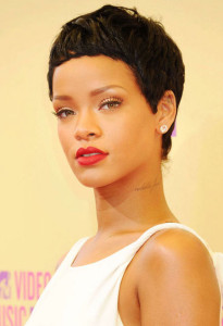 Rihanna black celebrity hairstyles 7 black celebrity hairstyles 7 205x300