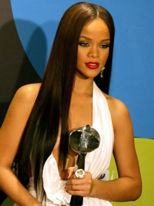 Rihanna black celebrity hairstyles 8 black celebrity hairstyles 8 224x300